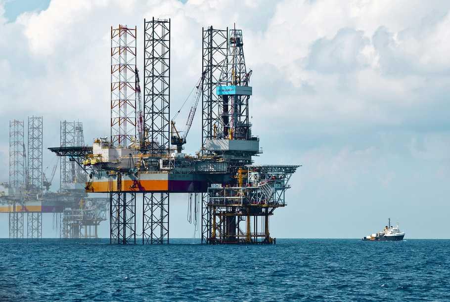 Ammonia sử dụng trong ngành công nghiệp dầu khí